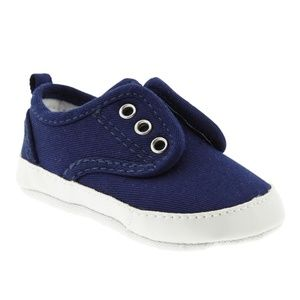 New Old Navy Soft Sole Sneakers